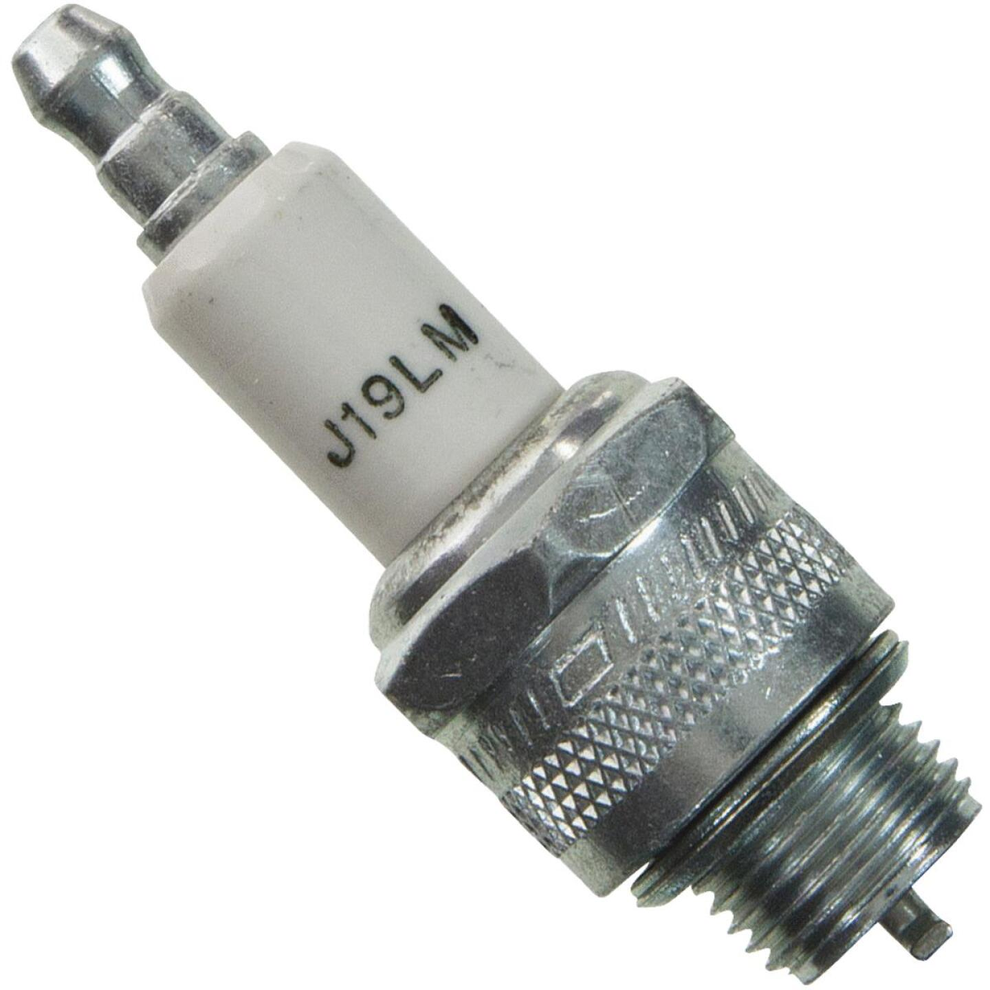 Champion J19LM Copper Plus Small Engine Spark Plug (24-Pack) Image 1